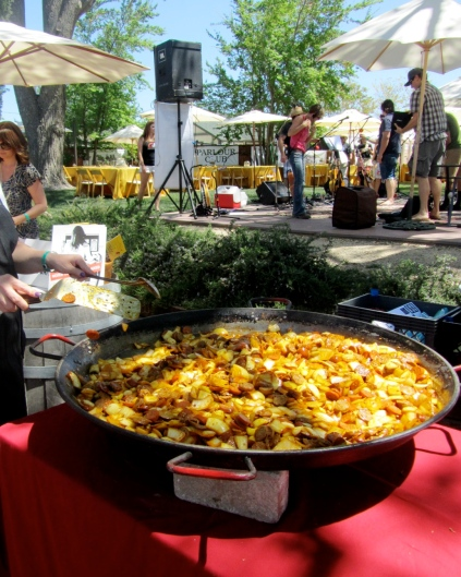 sweet life a la carte giant paella pan 4 foot basque