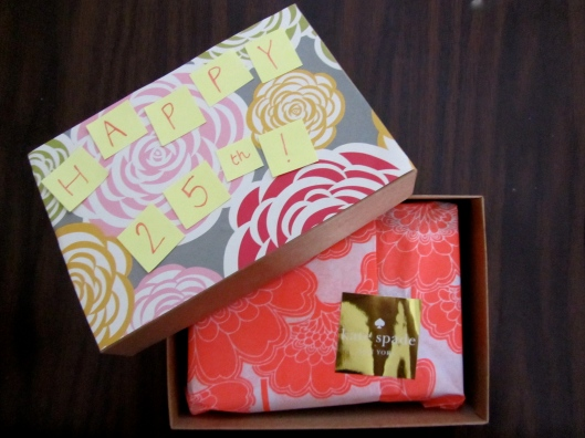 DIY birthday wrapping paper box