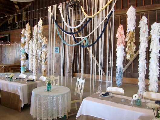 sweetheart-head-table-taft-barn