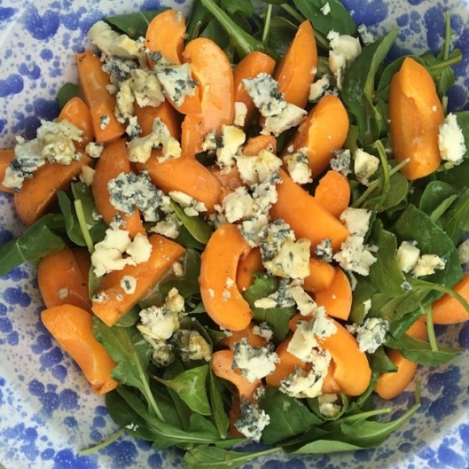 arugula apricot blue cheese honey dressing salad summer heatlthy